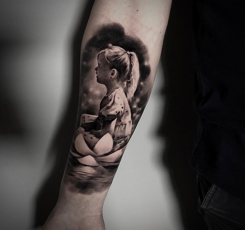 Style w tatuazu - tatuaz realistyczny